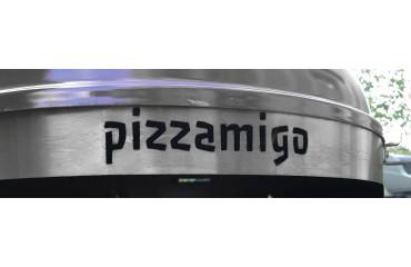 Pourquoi le Pizzamigo est l'accessoire indispensable à la cuisson  de votre pizza au barbecue?